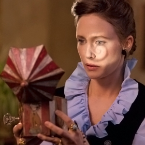 Lorraine Warren - played by Vera Farmiga. Lorraine Warren was a real life paranormal investigator, primarily known for her role in the Amityville haunting case.