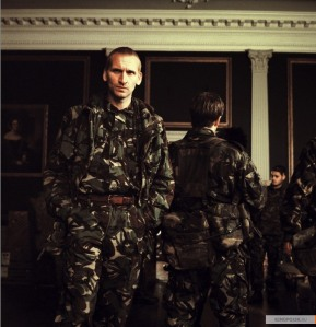 Christopher Eccleston as the 'scarier than the infected' Maj